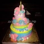 Торт для принцессы ванильно-розовых оттенков