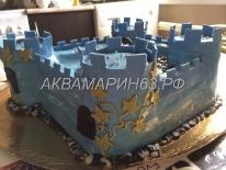 Торт в виде крепости