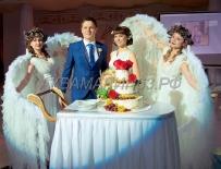 Свадебный торт сезона 2019