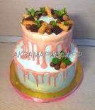 Двухъярусный торт с конфетами, вафлями и шоколадом, 5,5 кг